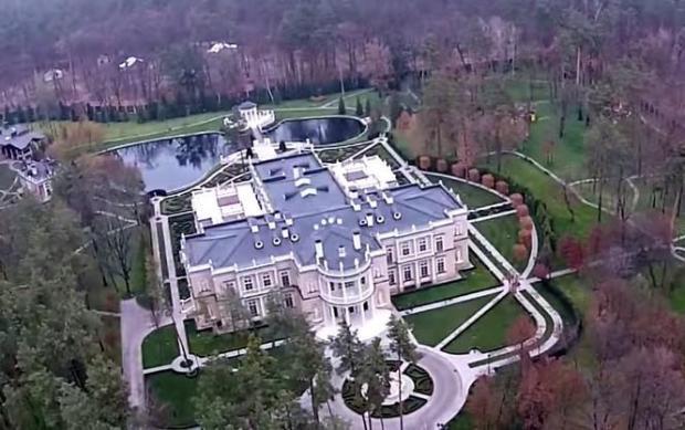 Дворцу Охендовского завидуют даже Ротшильды: Личный дворец главы Центризбиркома Охендовского - фальсификатора выборов.